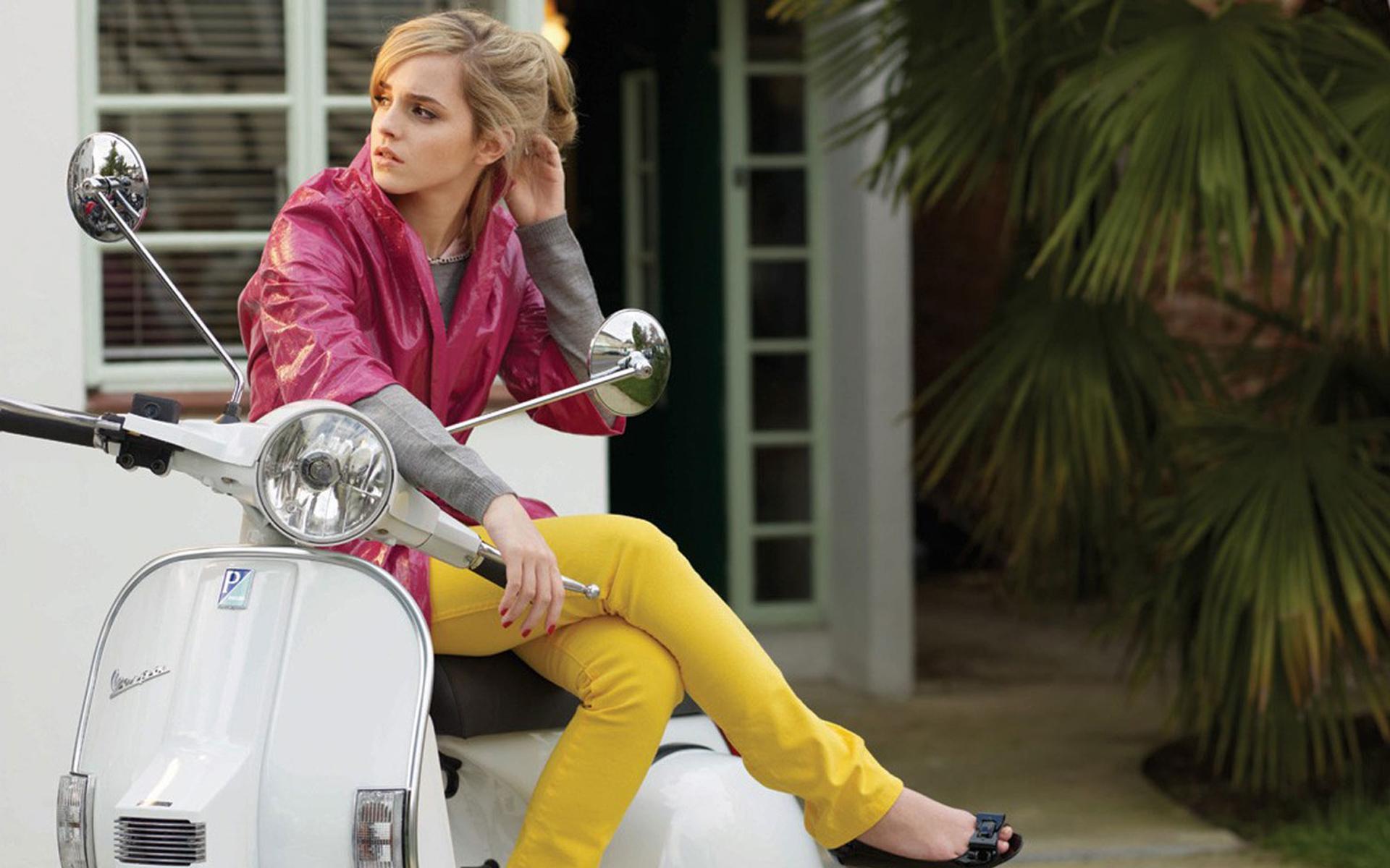 David Beckham Wallpapers Quotes Emma Watson On Scooter Wallpaper Popopics Com