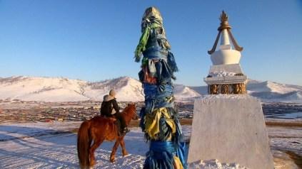 Un nen a cavall a Mongòlia