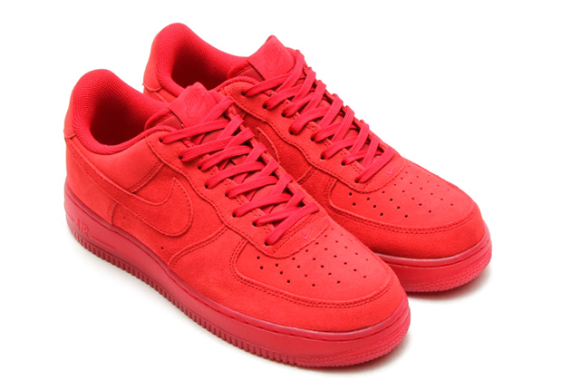 nike-air-force-1-low-womens-solar-red-1