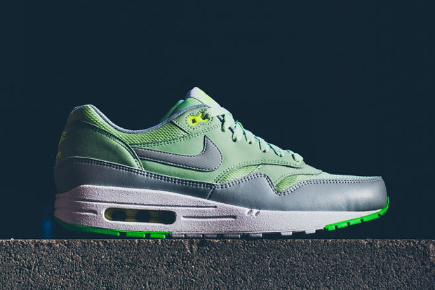 nike-air-max-1-green-mist-available-02