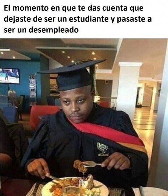 En la misma comida de graduación