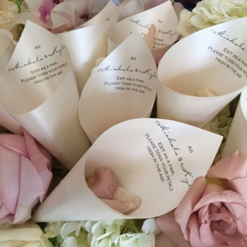 Wedding Petal Cones with Verse (Quartz)