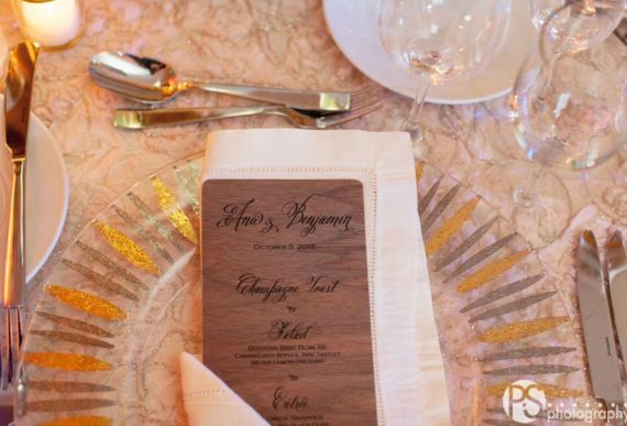 Wood wedding Menu