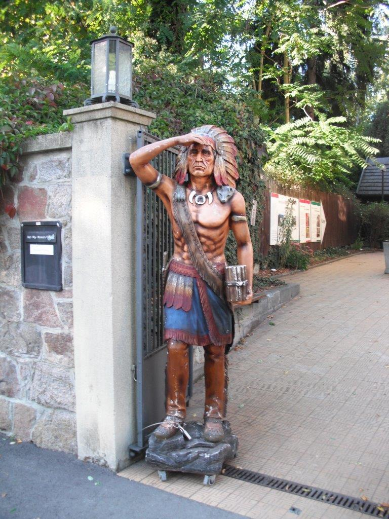 Indianer am Karl-May-Museum, Radebeul bei Dresden