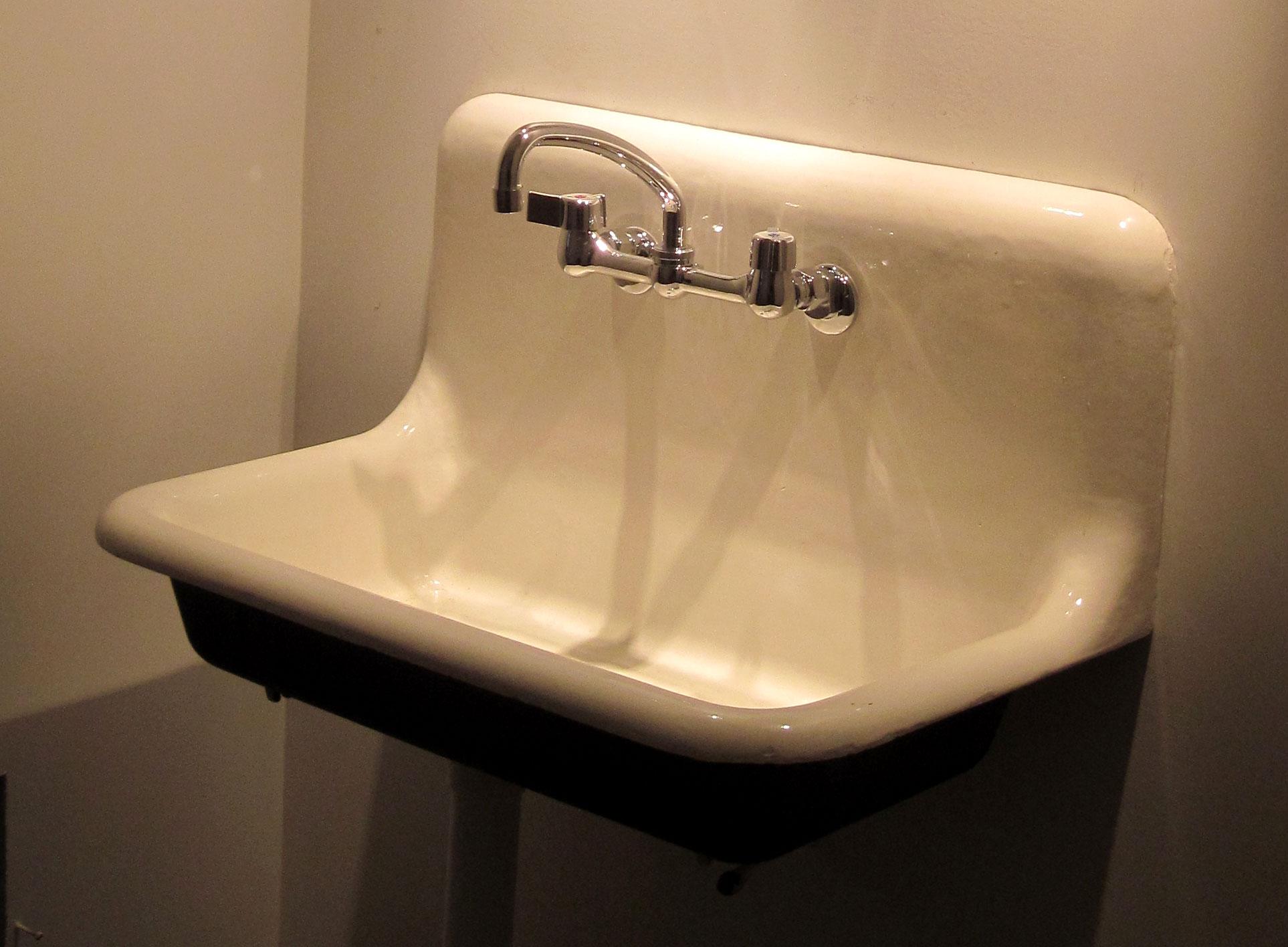 Cast Iron Sink As A Work Of Art  Statlerprojects's Blog