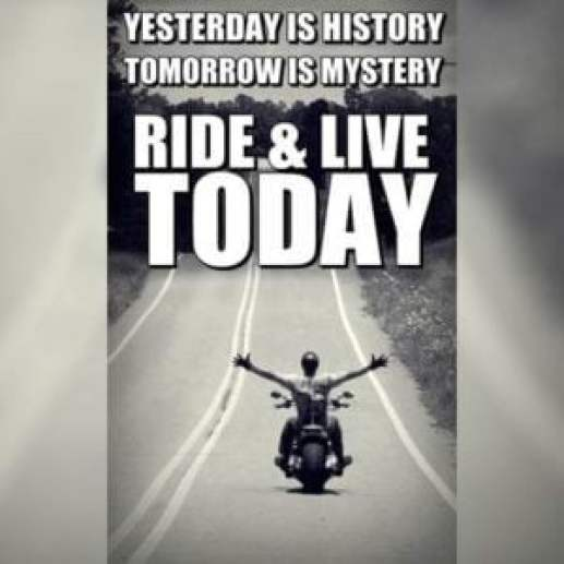Top 50+ Bike Rider Short Status, Quotes For Whatsapp