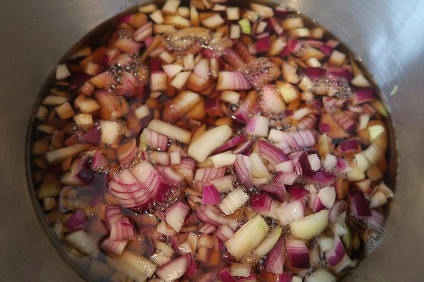 Onions in vinegar