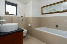 Big Bay Accommodation Bathroom