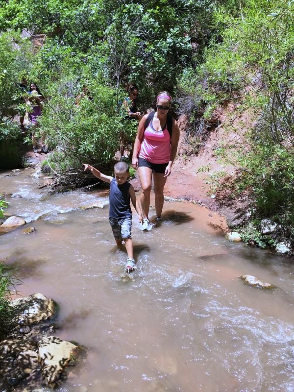 Hiking Kanarraville Falls, UT
