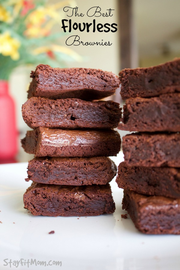 These are the perfect mix of soft and chewy. I LOVE these Paleo Brownies!