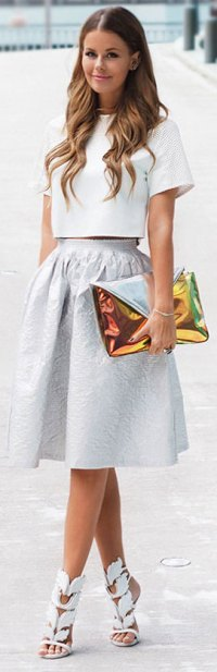 15 Stylish Crop Top Outfits for Every Occassion   StayGlam