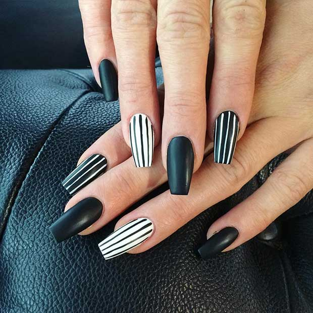 25 Edgy Black Nail Designs