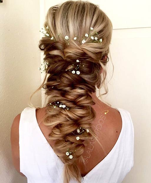 Unique and Romantic Wedding Hairstyle