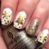 49 Easy Winter and Christmas Nail Ideas | StayGlam