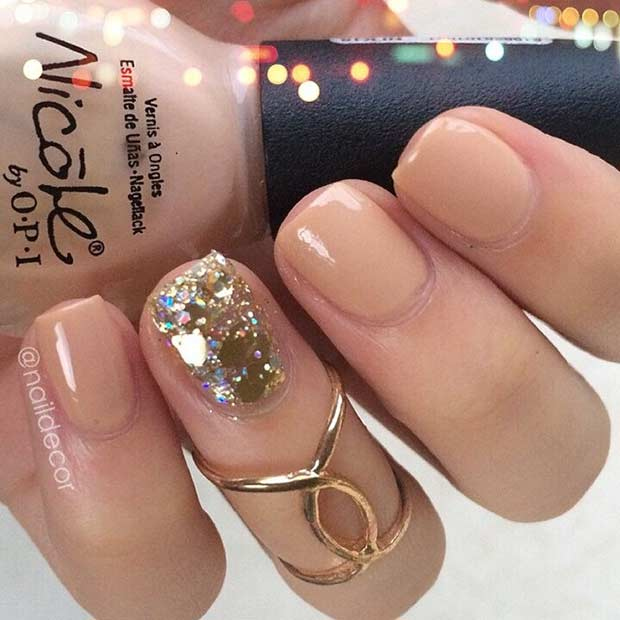 Simple New Year's Eve Nail Design for Short Nails
