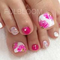 25 Eye-Catching Pedicure Ideas for Spring | Page 2 of 3 ...