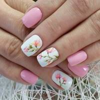 21 Gorgeous Floral Nail Designs for Spring