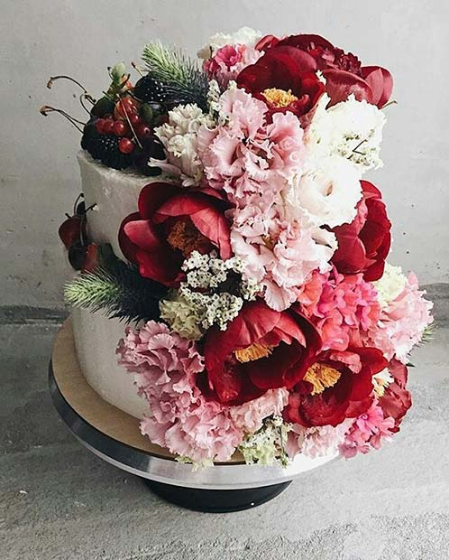 Floral Wedding Cake for Spring Wedding