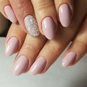 elegant nail design short