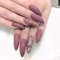 23 Simple Yet Eye-Catching Nail Designs | StayGlam