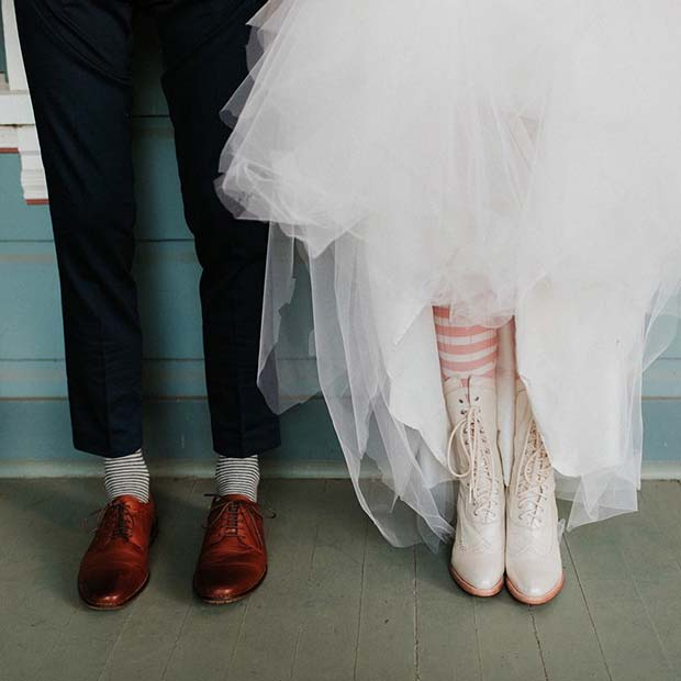 Vintage Bride and Groom Outfits