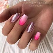 cute & stylish summer nails
