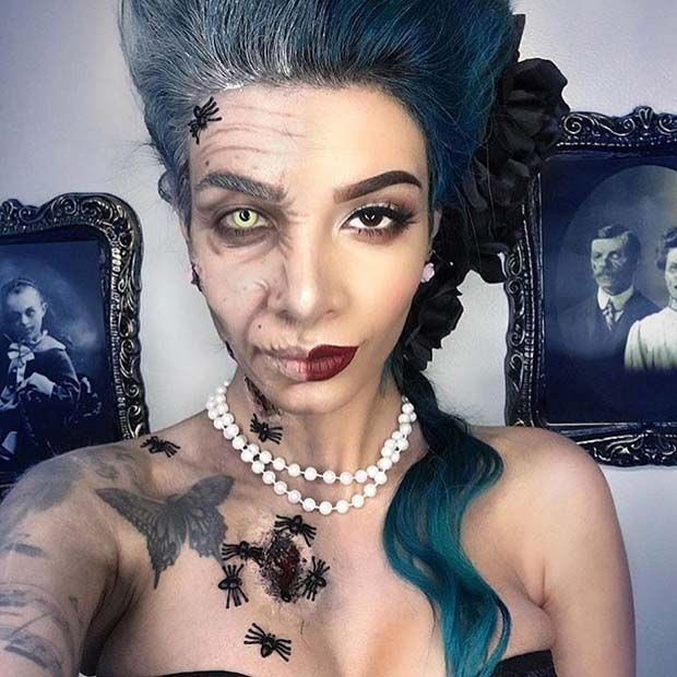 9. Two Face Halloween Makeup Idea