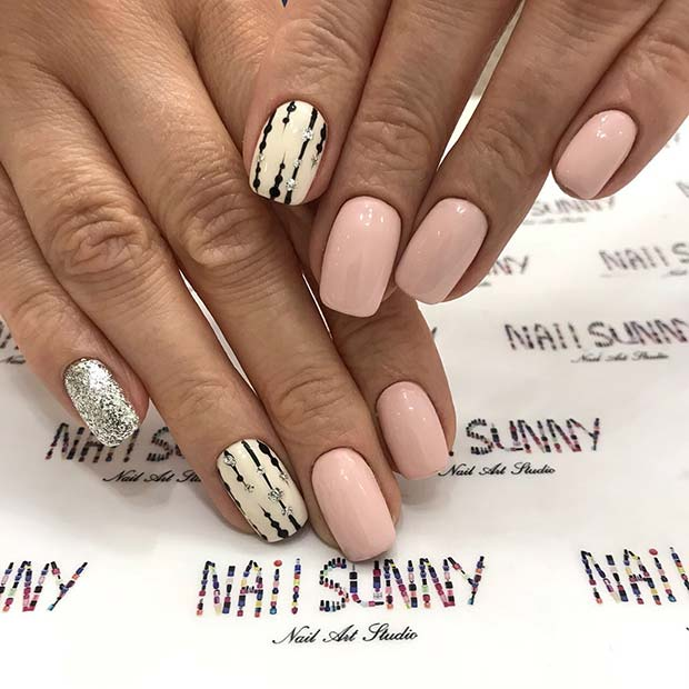 Elegant Light Nails with Stylish Accent Nails