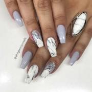 unique ways wear marble nails