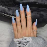 chic blue nail design