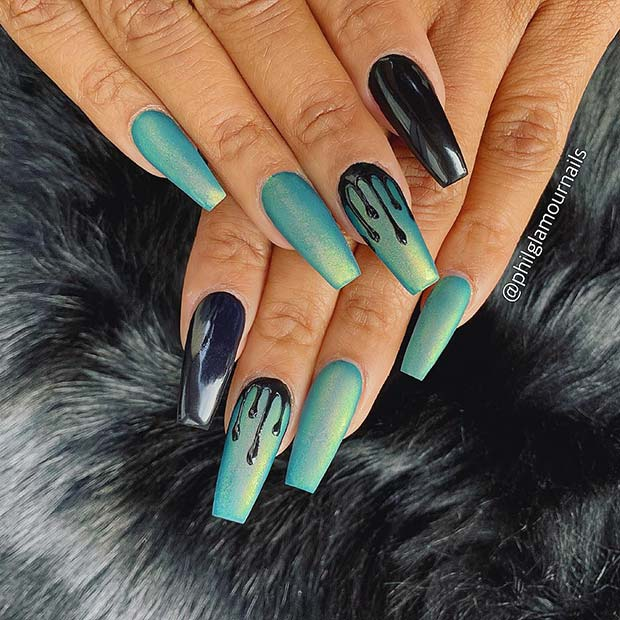 9. Trendy Blue Drip Nails