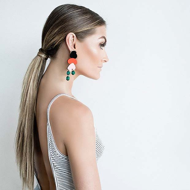 15. Trendy Low Ponytail