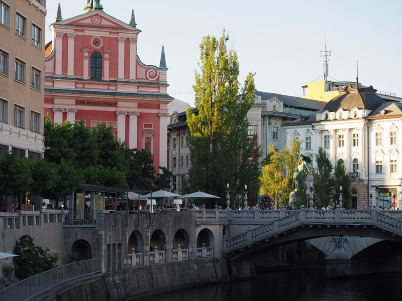 Preseren Square in Ljubljana, Slovenia. A great central location to most of the historic downtown of the capital.   via Stay gold Autumn