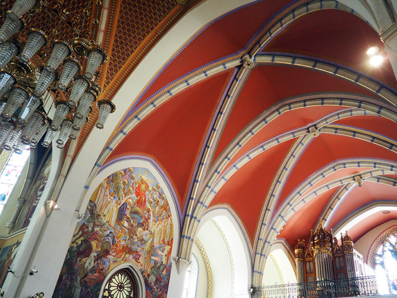 Saint Martin's Parish church in Bled, Slovenia was built in 1903-1905, but that didn't stop it from having beautiful artwork and gothic ceilings to look at for free. | via Stay gold Autumn
