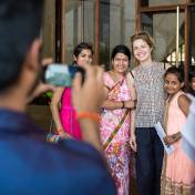 Anna with Indian women in Lotus Temple, New Delhi, India