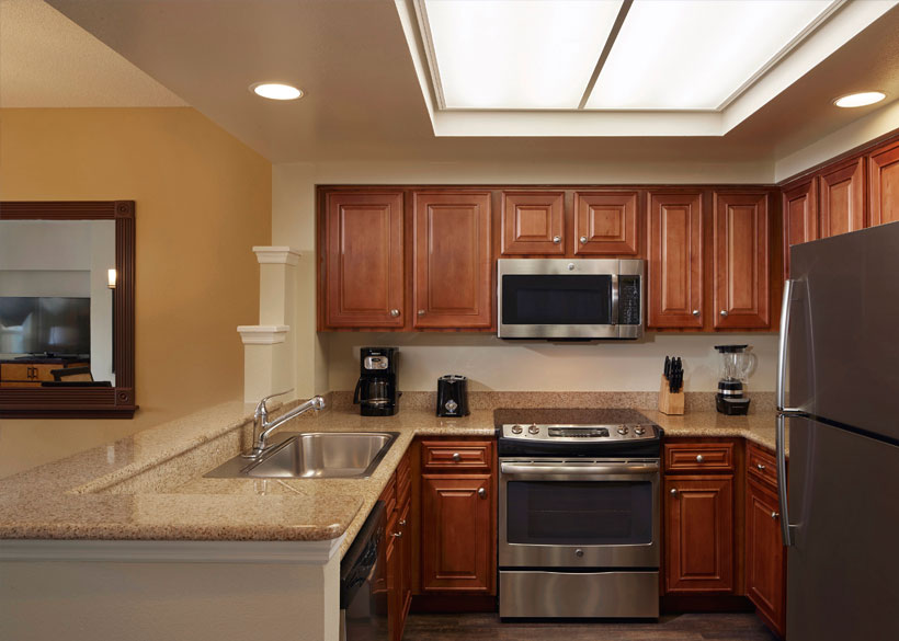 hotels with full kitchens in orlando florida farm kitchen decor hilton grand vacations at seaworld hotel suite