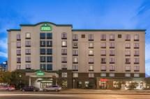 Wingate by Wyndham Hotel