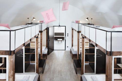 hoteleles híbridos LONG STORY SHORT