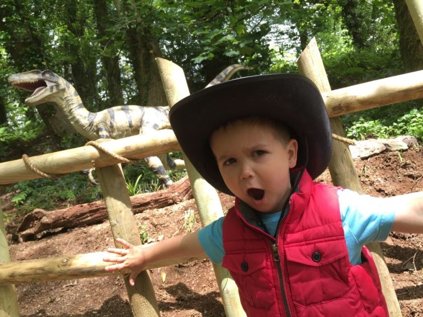 What's a dinosaur sound like? Like this! One of the first young guests at Woodlands Family Theme Park