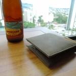 旅行用の二つ折り財布を購入しました