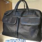 ココマイスターの前面にポケットがあるビジネスバッグ マットーネ・アルヴィート
