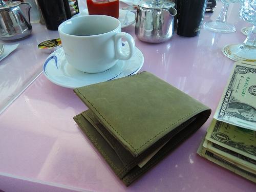 バレンタイン プレゼント 二つ折り財布