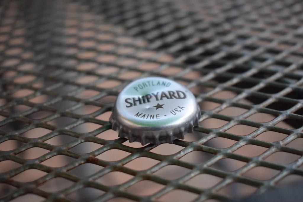 Shipyard Low Tide American pale ale bottle top