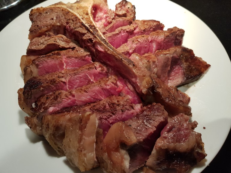 An image of the cooked T-Bone from William Rose butchers