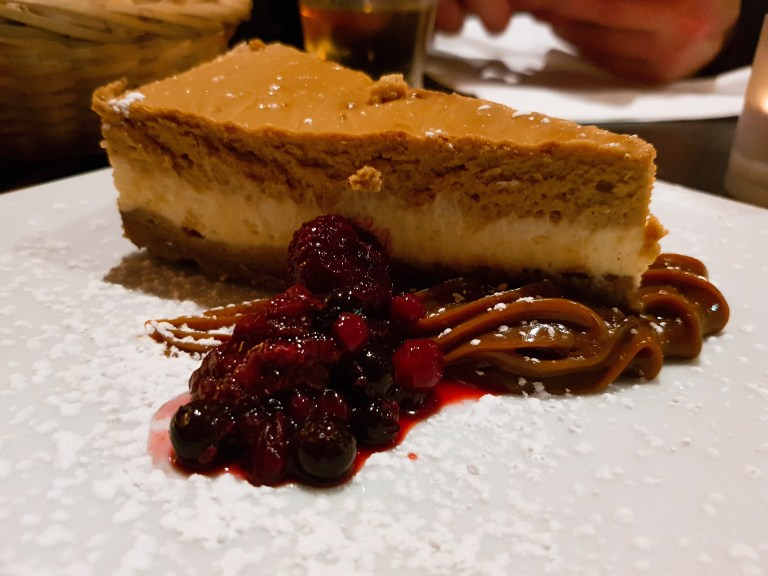 An image of the dulce de leche cheesecake