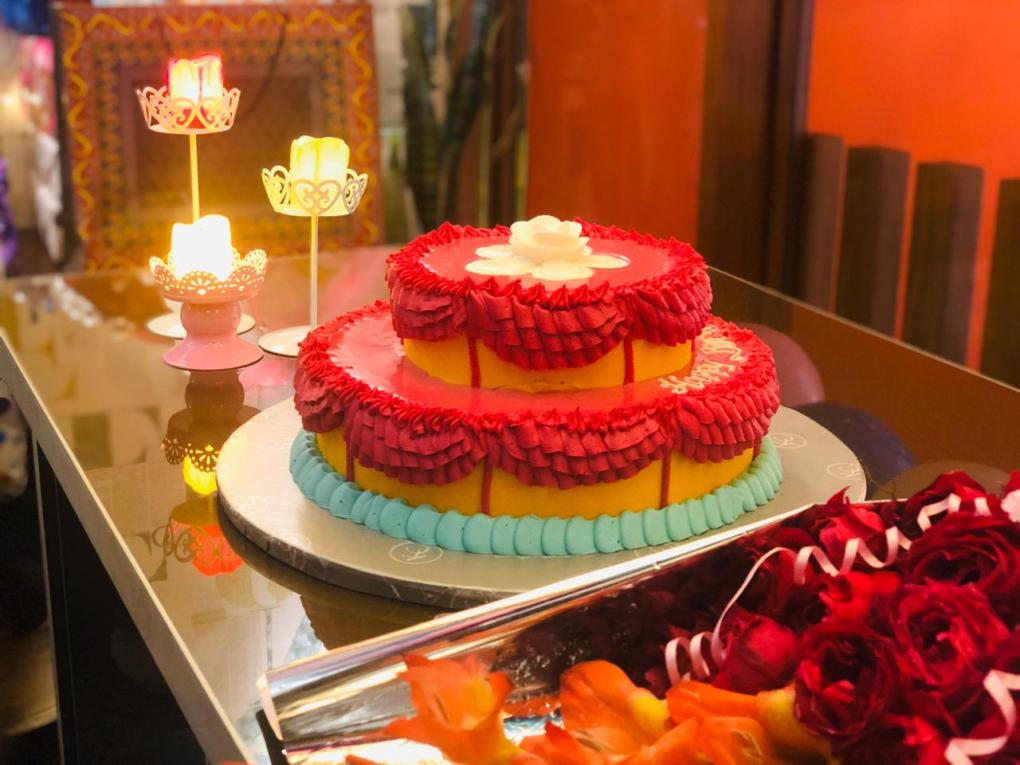 Red Velvet<span>Birthday Cake</span>