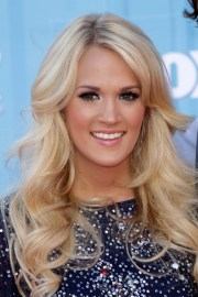 carrie underwood's hairstyles &