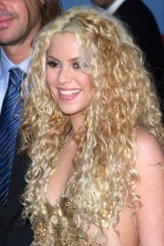 shakira clothes & outfits steal
