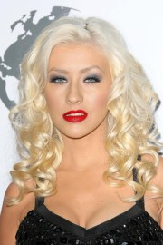 christina aguilera's hairstyles