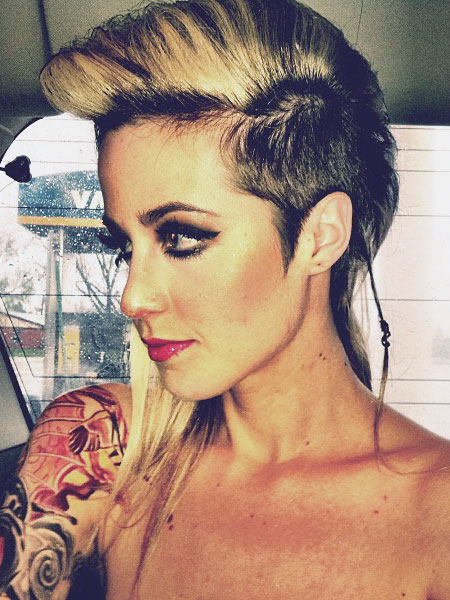 Carah Faye Charnows Hairstyles  Hair Colors  Steal Her Style  Page 2